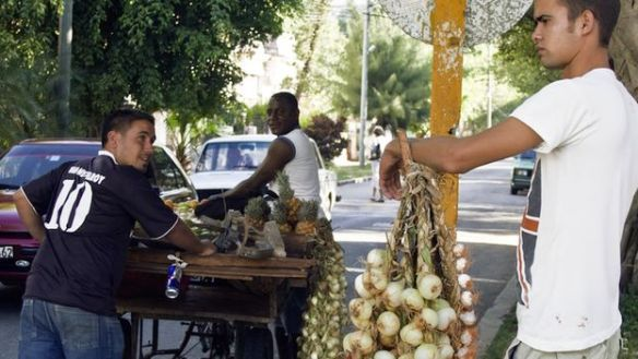 Onion seller (14ymedio)