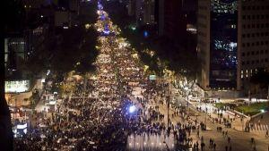 Mobilization in Mexico City for 43 missing. (Twitter Juan Manuel Karg)