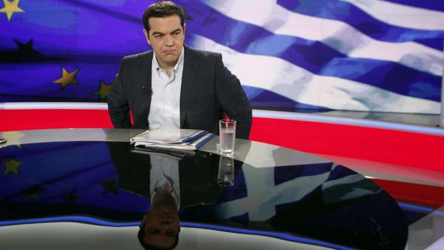 Greek Prime Minister Alexis Tsipras, during an interview with state television. (Alexandros Vlachos / EFE)